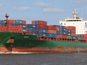 Nijeryalı korsanlar türk gemisini kaçırdı